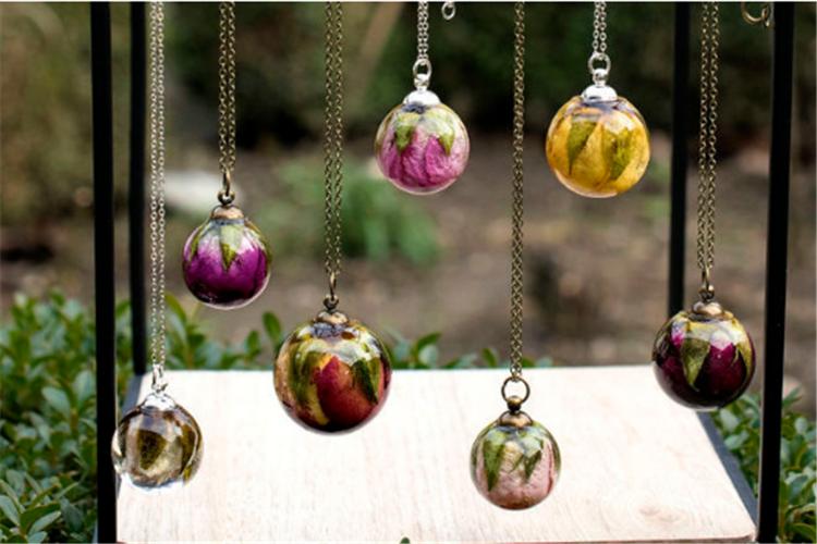 手工树脂珠宝品牌Resity 让鲜花不再枯萎_珠宝图片