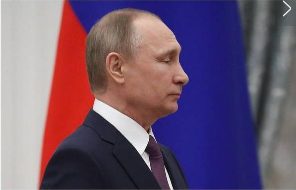 """普京下令称血债血偿 追授罗曼·菲利波夫""""俄罗斯英雄""""称号"""