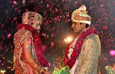 印频发抢新郎事件 种姓歧视和婚礼嫁妆等陋习根深蒂固