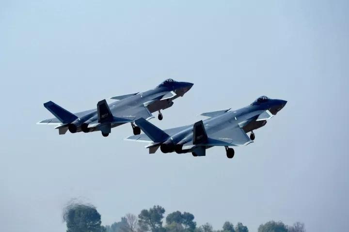 国产飞机歼20列装空军作战部队 向全面形成作战能力迈出重要一步