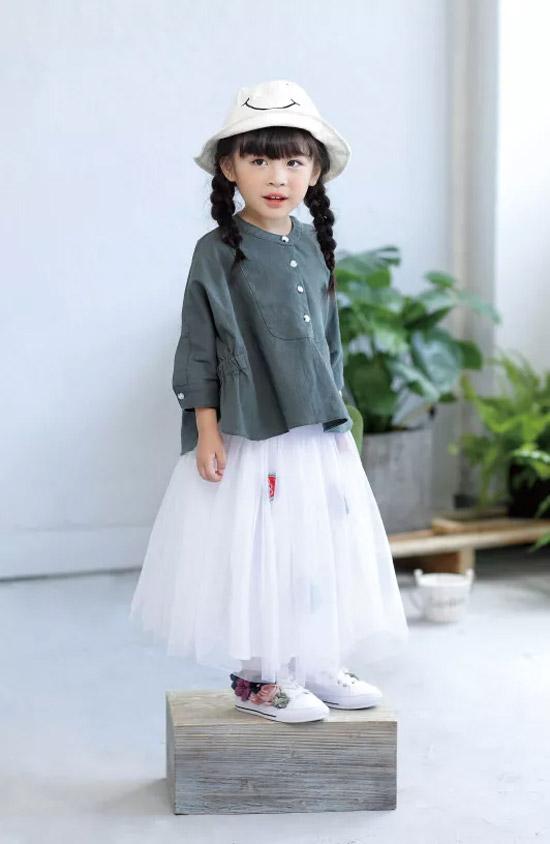 DIZAI品牌童装 梦幻的网纱裙带来仙女范儿的感觉