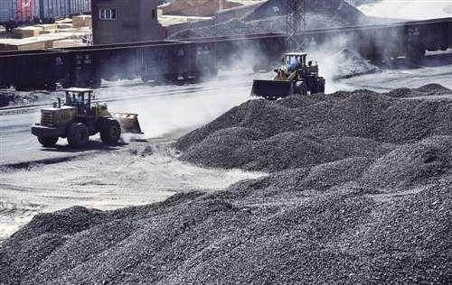 周五国内铁矿石期货冲高回落 生铁市场价格维持稳定