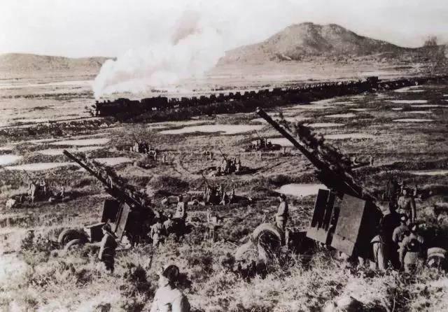 解放军历史上都有哪些军种和兵种消失了?