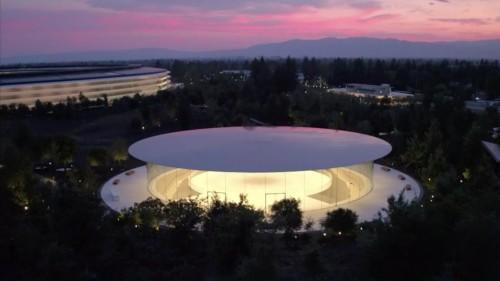苹果股东大会:库克要在内部找接班人