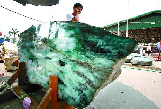 缅甸向中国出口超过2990吨玉石 较前两个财年有显著增长