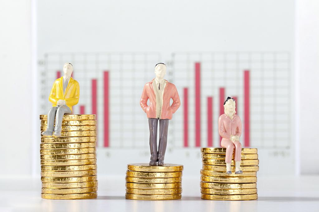 美联储加息升温 黄金期货受挫收跌
