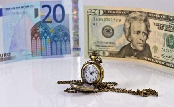 美元空头猖獗不已 欧元乘势飙升至三年高位