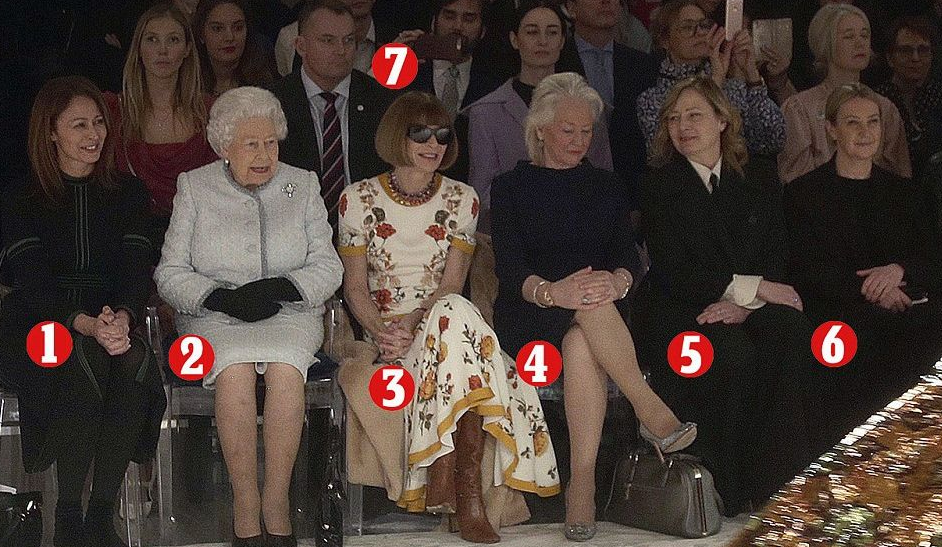 英女王出席伦敦时装周 与时尚女王同台