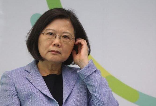 台媒劝蔡英文回头是岸 承认台湾人就是中国人便可春暖花开