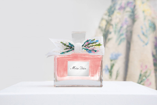 Miss Dior迪奥推出的典藏版香氛 仅限量发售四十七瓶