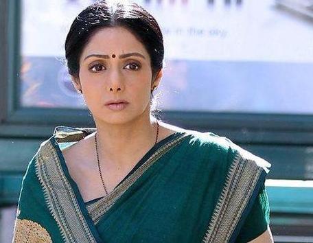 印度国宝级女星突去世 曾四次获奖影后