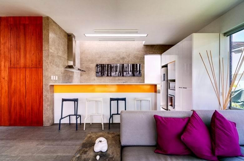 Seta豪宅:一个白色大盒子里挖掘创造出适合居住的空间