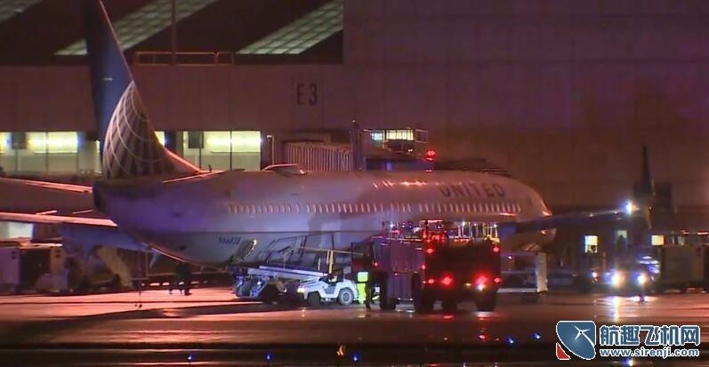 美联航客机起飞时轮胎爆胎 机上人员非常专业降落时没有引发恐慌