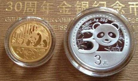 什么是熊猫金银币