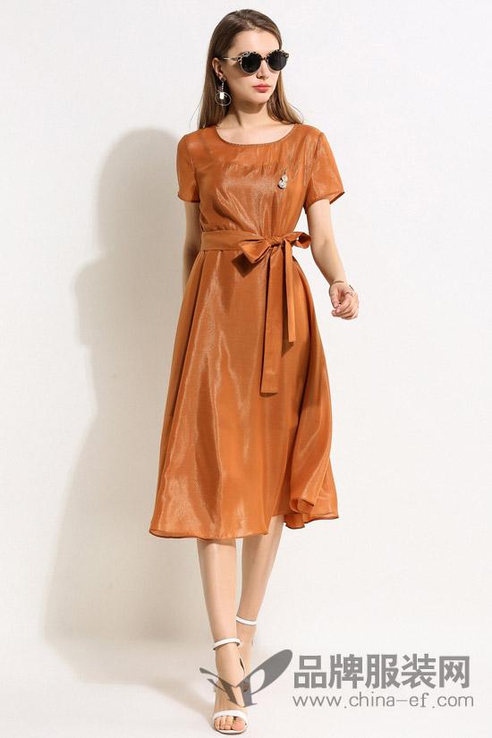 浩洋国际18春季女装 马上入手一件焦糖色赶上潮流