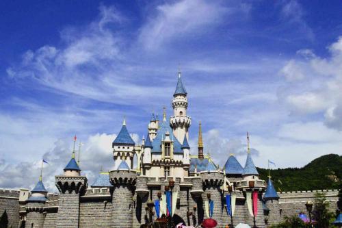 迪士尼计划投资20亿欧元扩建巴黎主题乐园