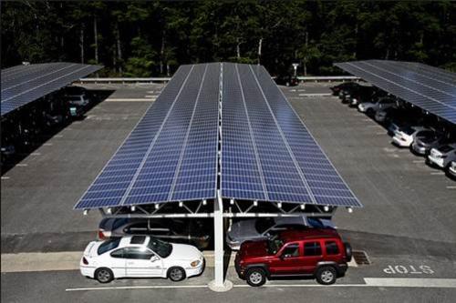 """彭浦镇新增""""太阳能车棚""""、300余个充电桩"""
