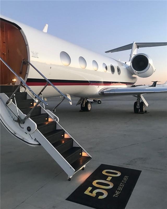 梅威瑟送自己1.9亿元私人飞机 为庆祝自己41岁的生日