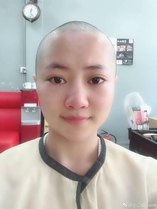 女文青剃光头谢张杨:谢谢你渡我成佛