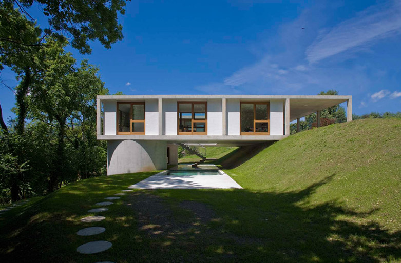 Sonvico House豪宅:室内引入充足的自然光照