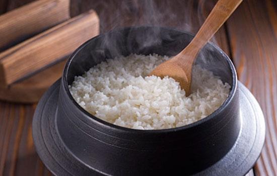 主食米和面到底吃哪种好?