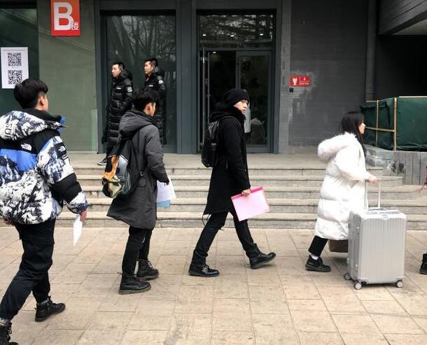 徐锦江晒儿子减肥对比照 前后变化大引发网友热议