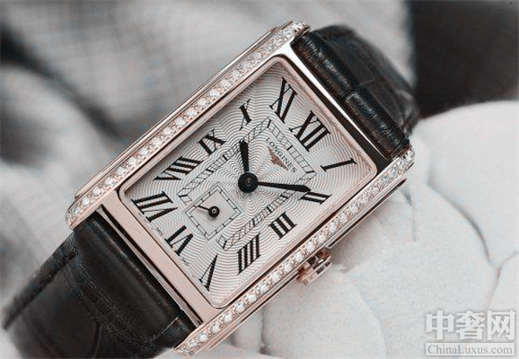 浪琴戴卓维纳腕表 以卓越的品质和精湛的技术受到世代人的认可