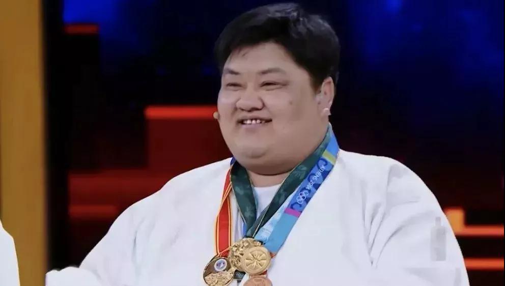 16年被摔284万次 陪练出中国几乎所有女子柔道世界冠军
