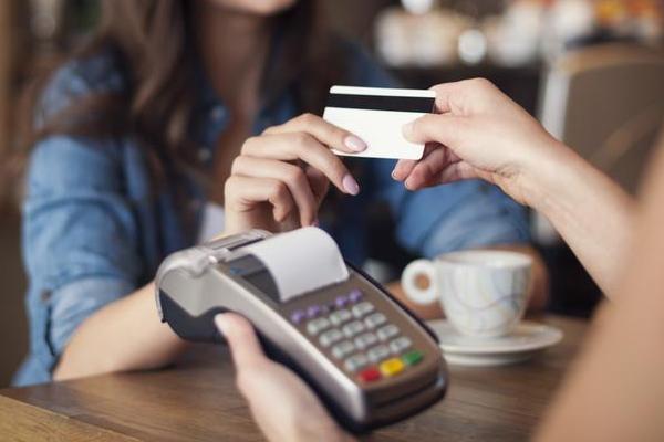 信用卡养卡提额 该花的钱还是得花!