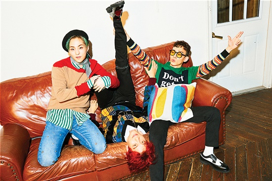 EXO-CBX小分队下月回归 新曲将展现不同魅力