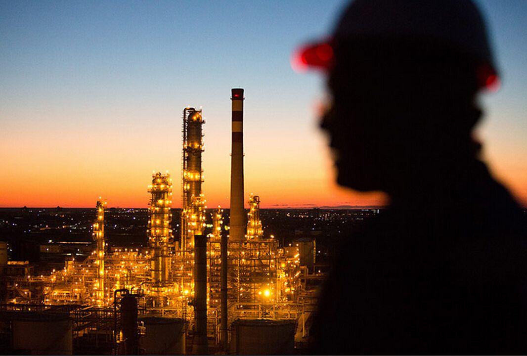美国金融机构被准许进入期货等自营业务?油价投机泡沫或加大