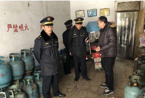 蚌埠查处一处违法液化气瓶装燃气点