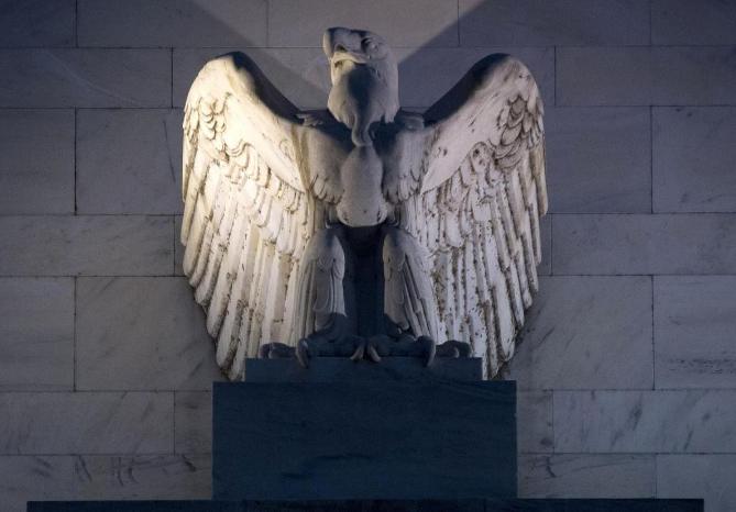 美政坛元老炮轰特朗普 美联储竟是经济元凶?