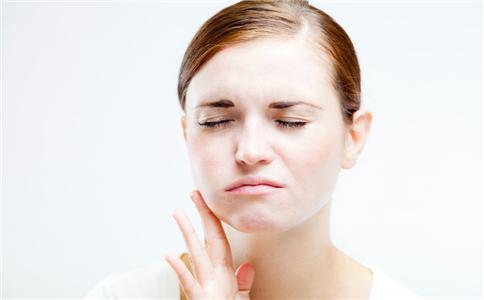 突发牙龈肿痛怎么办
