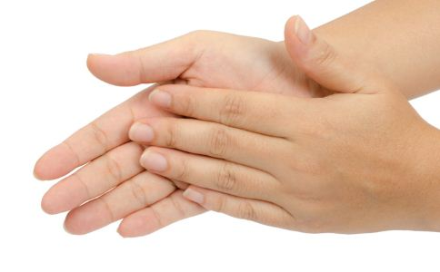 手指抽筋是什么原因 手指抽筋的原因有哪些 手指抽筋如何预防