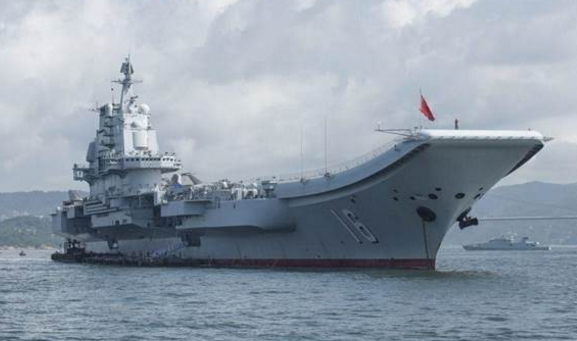 辽宁舰驶入台湾海峡 台媒为何相当紧张?