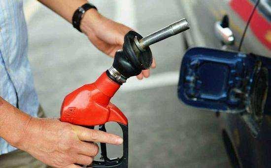 今日油价最新消息:汽柴油价格上调155元/吨