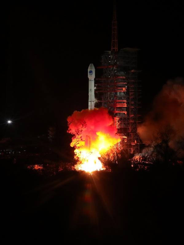 中国发射两北斗卫星 经轨控和相位捕获后进入工作轨道