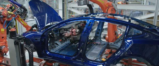 特斯拉高管发内部通知 要求每天要生产300辆Model 3