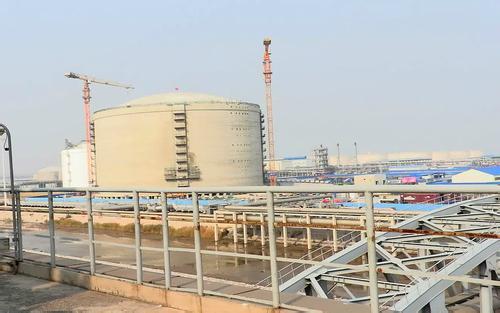 企业进军液化天然气市场 俄罗斯将对美国形成竞争