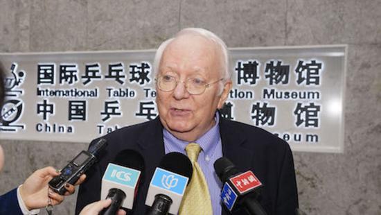 乒博馆国际馆的8000余件藏品 皆出自他之手