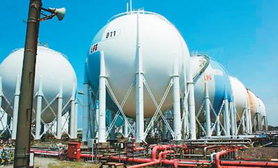 中国与加拿大天然气能源贸易面临的困境及提升途径