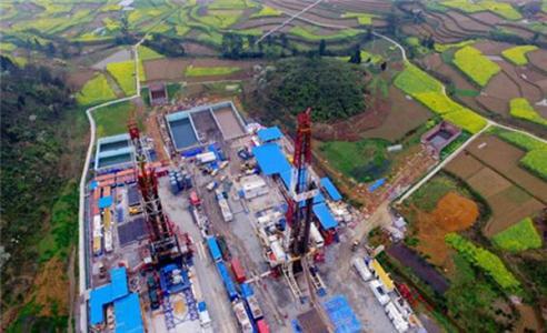 涪陵页岩气田一期产建地面工程通过集团公司验收
