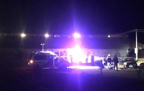 两儿童锁车内死亡 当地刑警已经介入调查