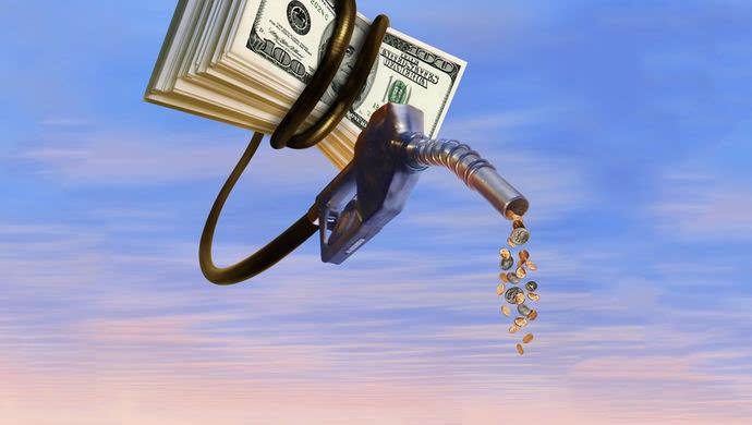 中国原油期货上市提升人民币国际地位