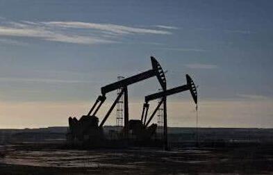 国内原油期货再迎大涨 后市原油价格上行压力大