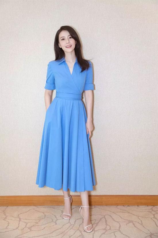 这些纯色连衣裙从来没有让我们失望过