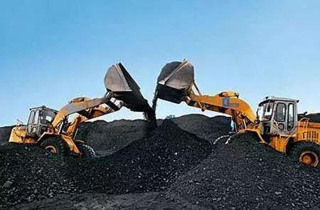 """煤价大幅下调原因 进口煤""""搅局""""挤占市场份额"""