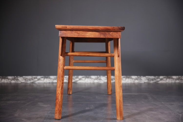 """红木家具价格 """"越南黄花梨独板夹头榫画案""""红木家具多少钱?"""