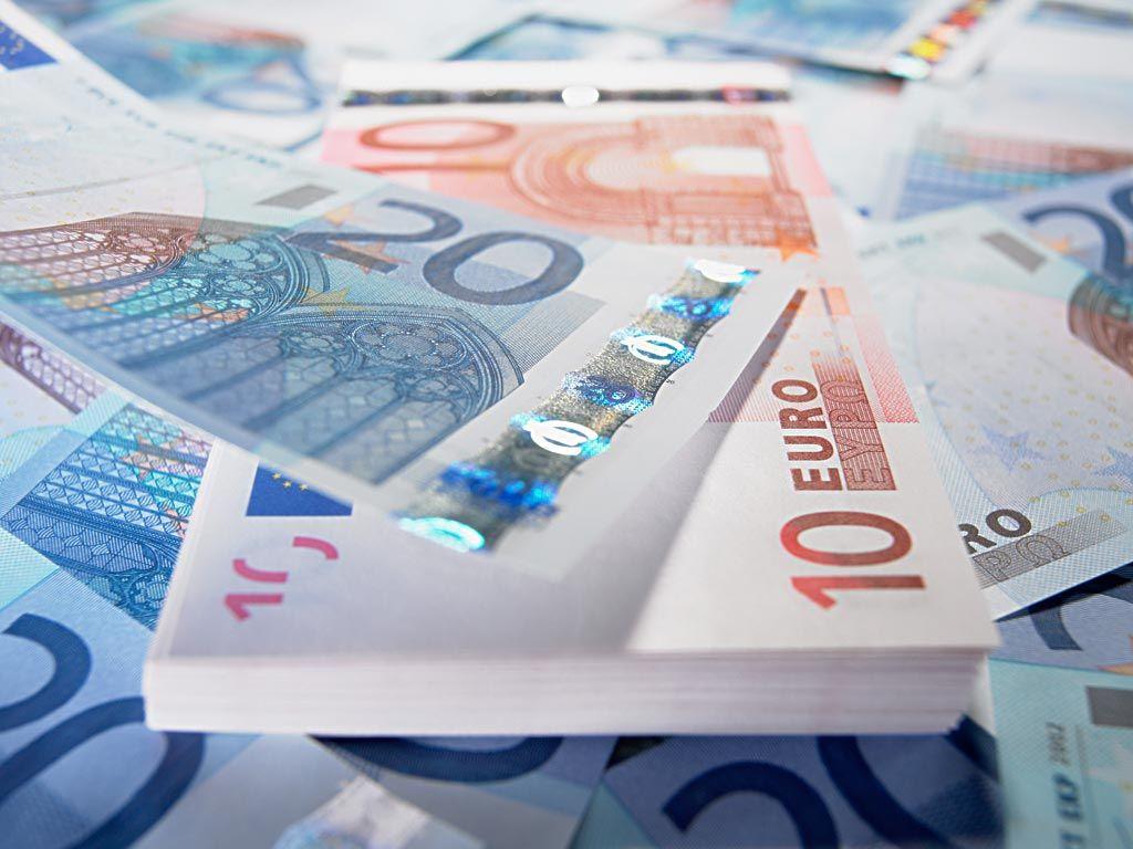 3月通胀表现欠佳 欧元兑美元下挫近20点